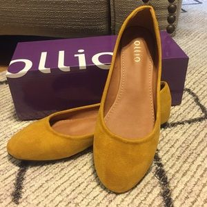 Ollio suede ballet flats in mustard